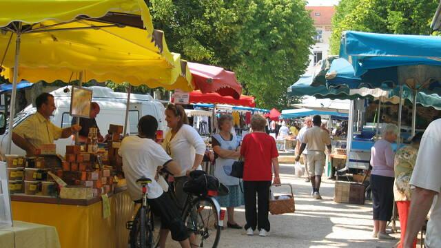 Mercados semanales La Roche-Posay
