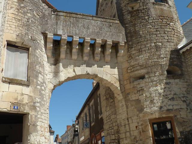 Visite guidée histoire médiévale La Roche-Posay