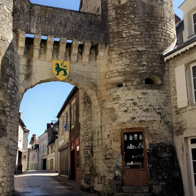 Porte Bourbon : La Roche-Posay Cité Médiévale