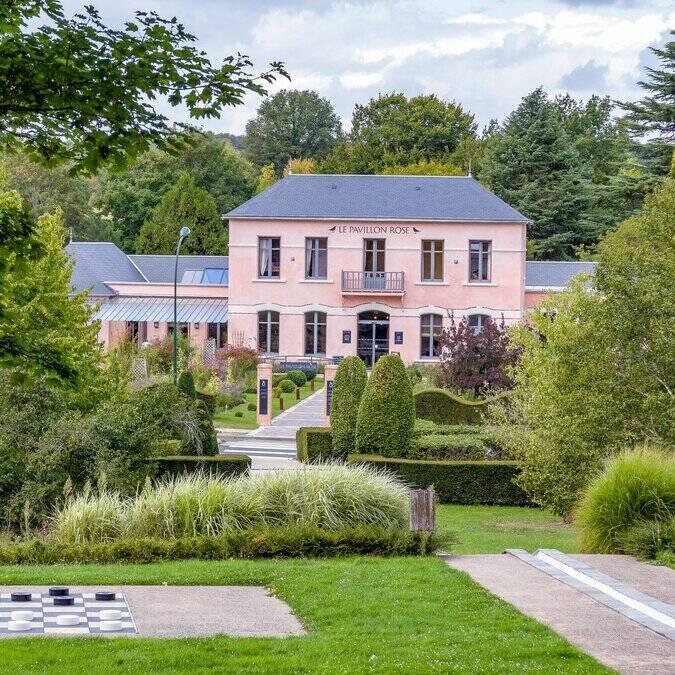 Pavillon rose salle seminaire La Roche-Posay